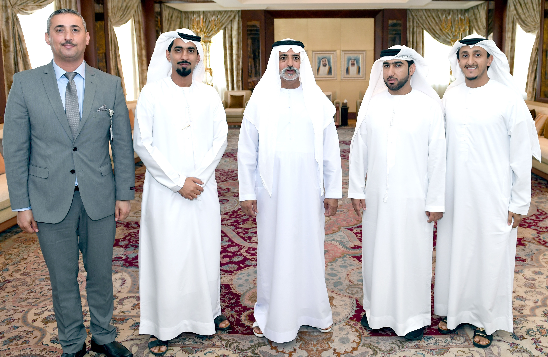 نهيان بن مبارك في حواره مع محررين