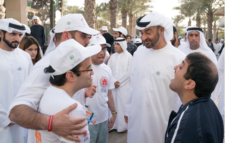 fad8b6699 محمد بن زايد وحمدان بن محمد يشاركان في مبادرة 'نمشي معا' | صور