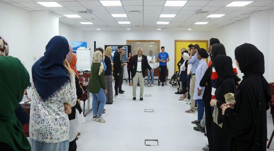 جامعة عجمان تختتم برنامج