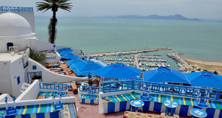 إيرادات السياحة في تونس