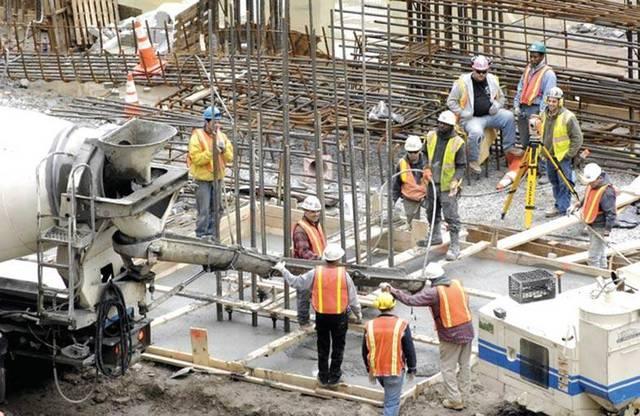 عمال بناء