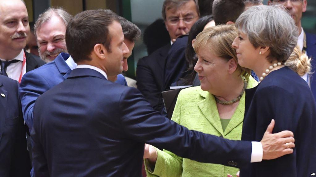 ألمانيا تعلن بدء تشاورها مع بريطانيا وفرنسا بشأن اتفاق إيران النووي
