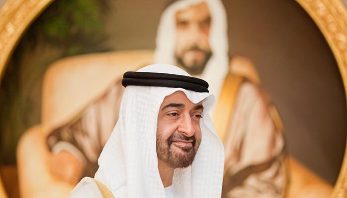 محمد بن زايد يستقبل وزير الخارجية الايطالي.