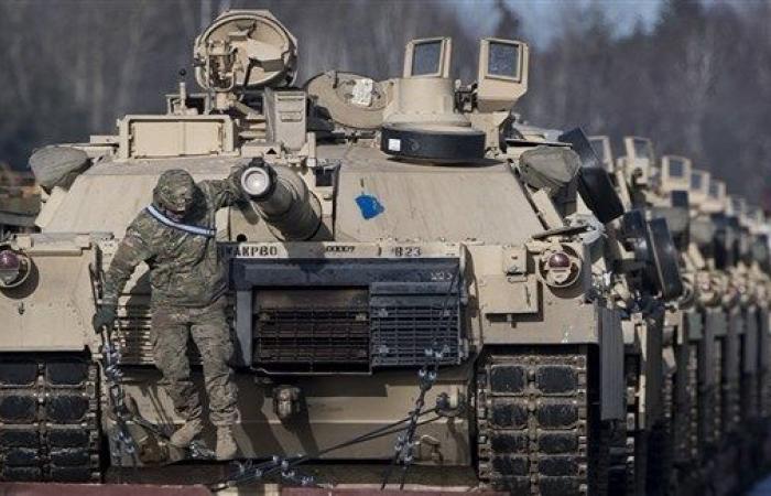 ترامب يطلب زيادة الإنفاق الدفاعي