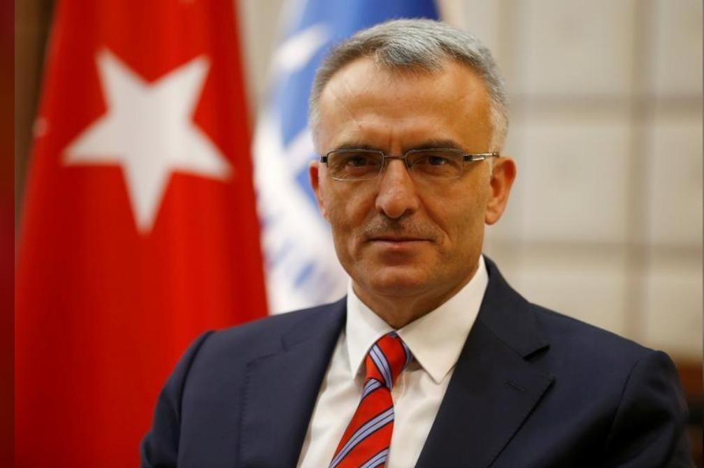 وزير المالية التركي ناجي إقبال
