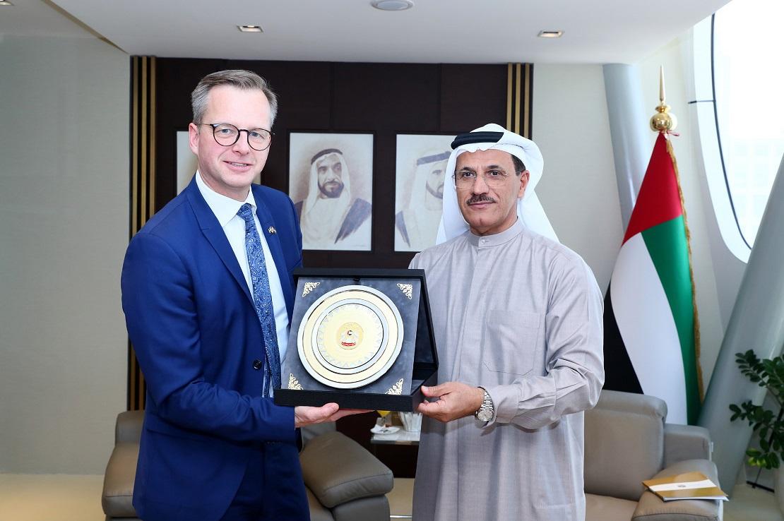 الإماراتتبحثمعالسويدآفاقالتعاونفيمجالاتالابتكاروالمشاريعالصغيرة