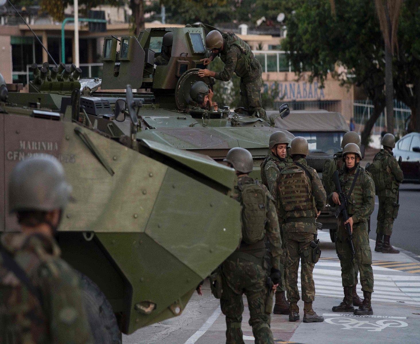 عناصر من الجيش البرازيلى