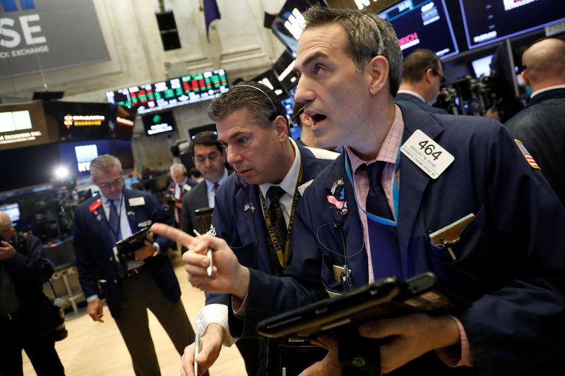 الأسهم الأمريكية ترتفع عند الفتح بدعم من مكاسب للتكنولوجيا