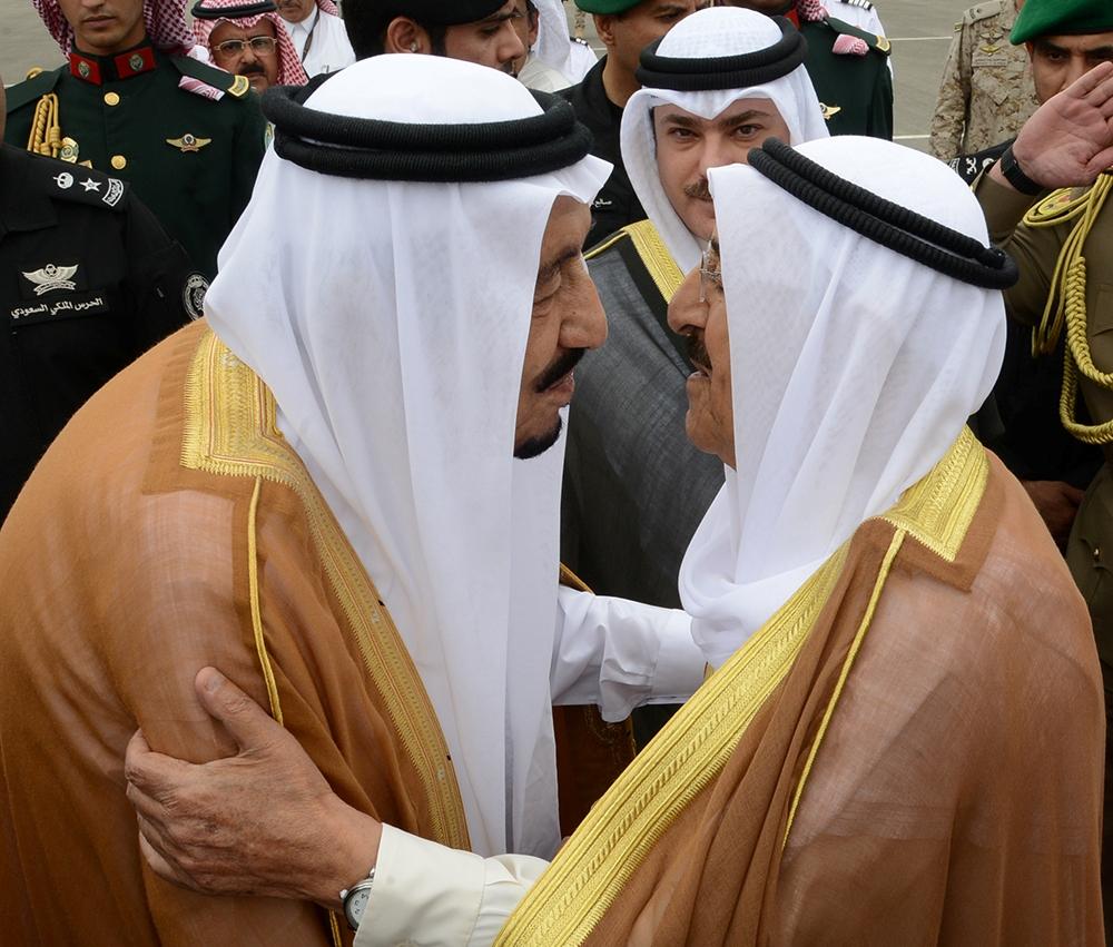 الملك سلمان بن عبدالعزيز مع الشيخ صباح الأحمد الجابر