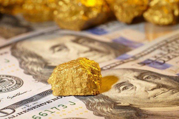 انخفاض أسعار الذهب مع ارتفاع الدولار