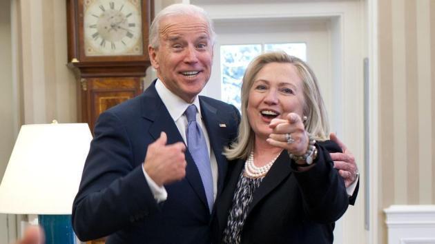 هيلاري كلينتون وجو بايدن
