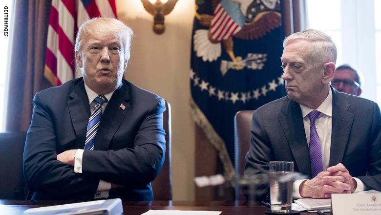 ترامب ووزير الدفاع الامريكي جيمس ماتيس