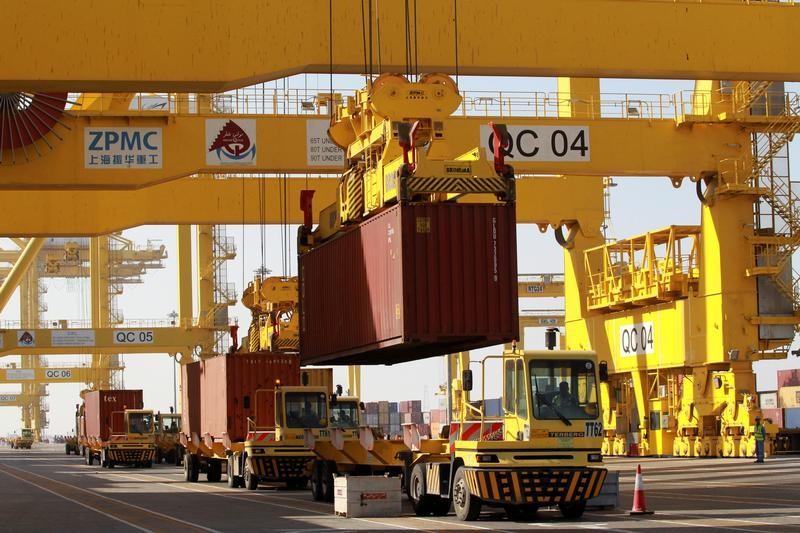 نمو اقتصاد قطر يتباطأ مع تراجع قطاع النفط