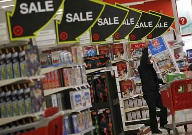 تراجع أسعار البيع في المتاجر البريطانية خلال الشهر الماضي
