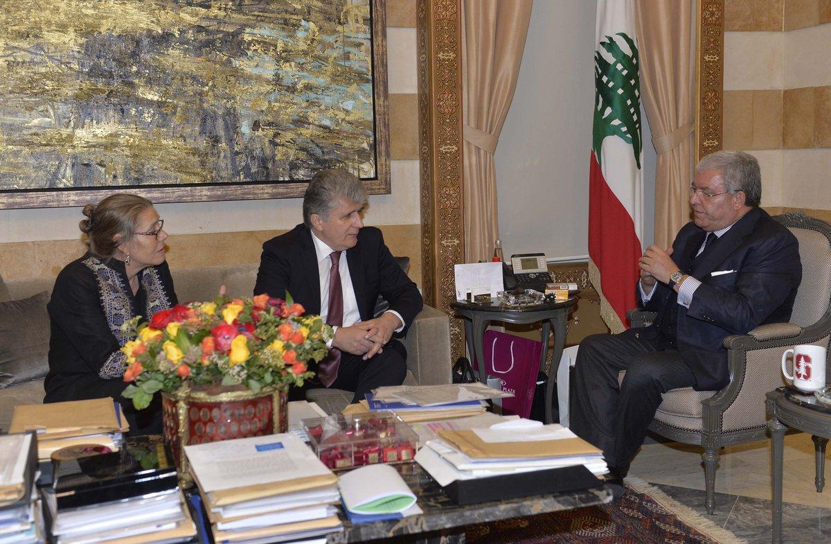 نهاد مشنوق يلتقي مساعد وكيل عام الأمم المتحدة للشؤون السياسية