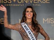 ملكة جمال الكون الفرنسية إيريس ميتينير