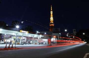 محطة وقود في طوكيو
