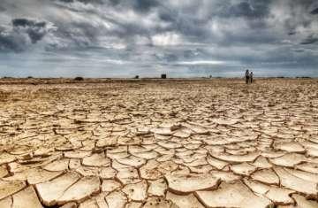 جفاف الأرض الزراعية