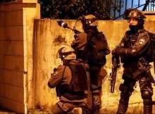 عملية طعن في القدس وإسرائيل تحدد هوية المنفذ