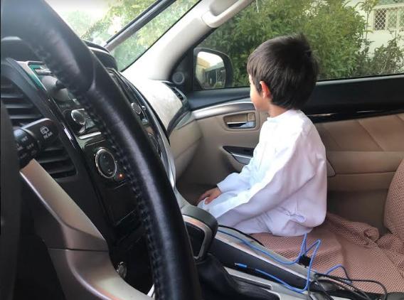أطفال - سيارات