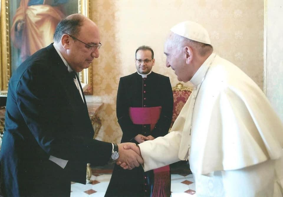 بابا الفاتيكان والسفير المصري