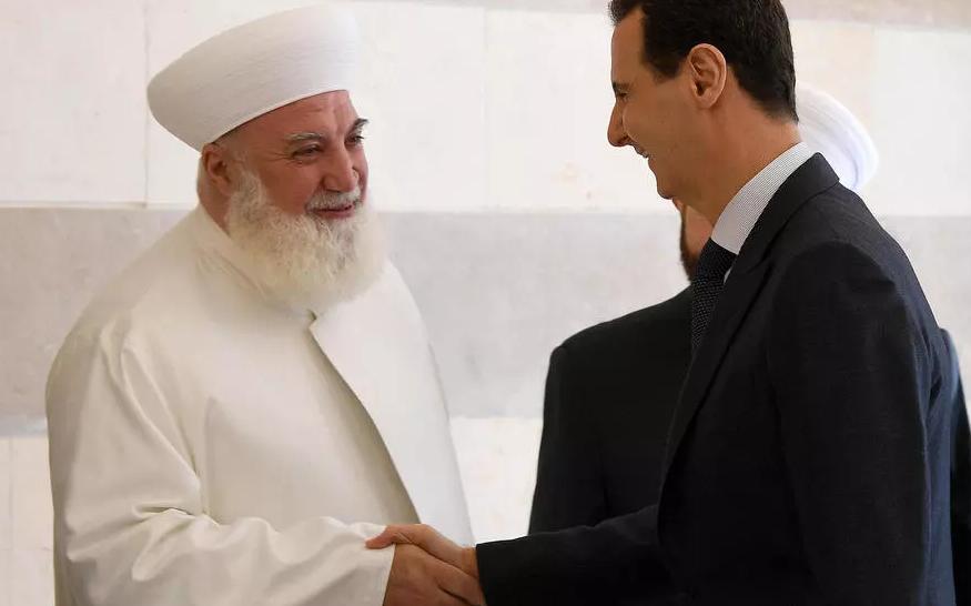 بشار الأسد ومفتي دمشق - أرشيفية