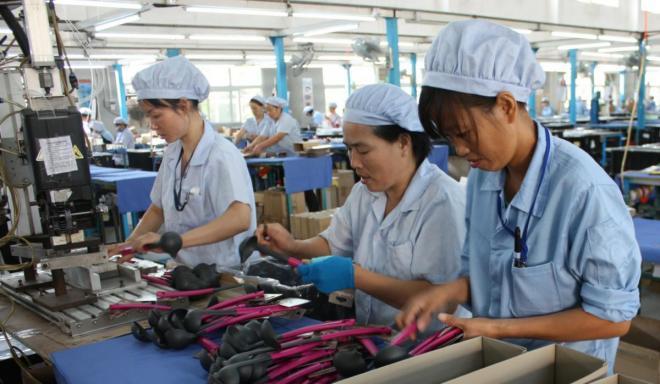 العاملون في اليابان