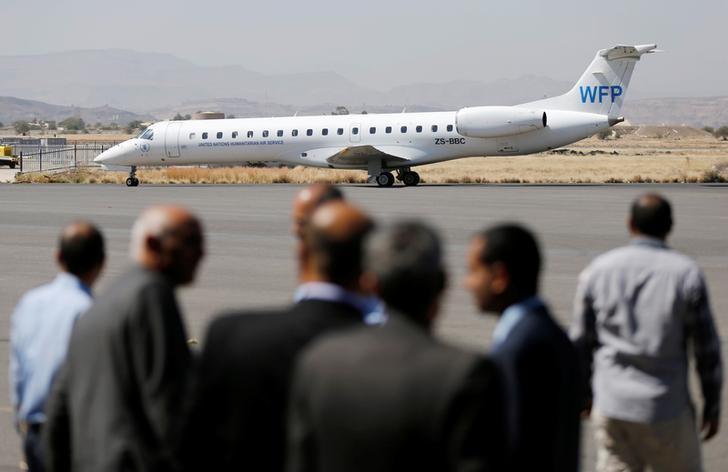 التحالف بقيادة السعودية سيسمح باستئناف الرحلات التجارية لليمن