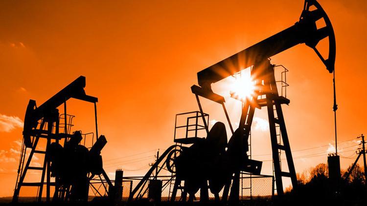 النفط يرتفع مع تبديد التوقعات بتمديد اتفاق أوبك لأثر زيادة الإمدادات الأمريكية