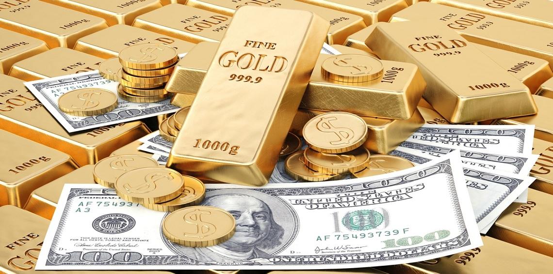 الذهب عند أعلى مستوى في شهر مع تراجع الدولار