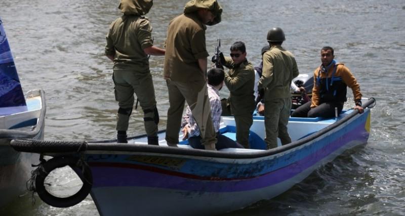 قوات الاحتلال الاسرائيلى تستهدف الصيادين بغزة (ارشيفية)