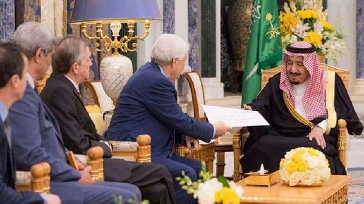 بوتفليقة يبعث رسالة إلى الملك سلمان