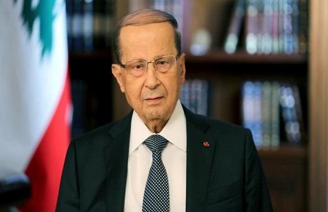 الرئيس اللبناني ميشال عون في قصر بعبدا في بيروت يوم 21 نوفمبر 2017 - رويترز