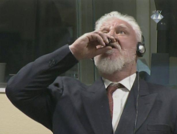 قائد قوات كروات البوسنة السابق يتجرع السمّ في المحكمة