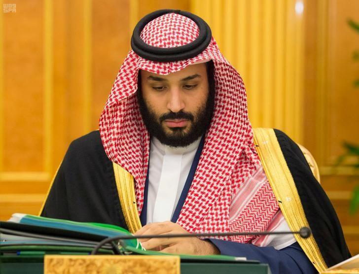 ولي العهد السعودي الأمير محمد بن سلمان يحضر اجتماعا وزاريا في الرياض