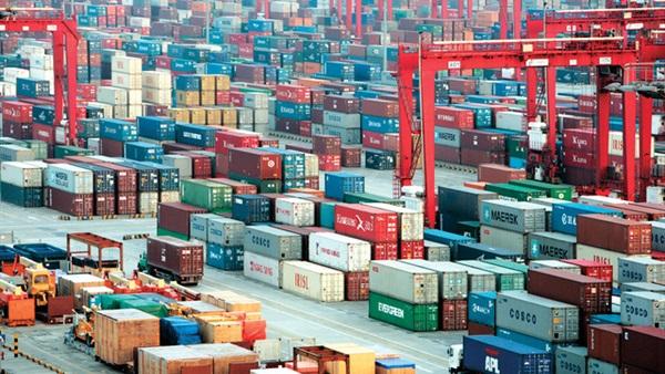 ميناء شحن للبضائع الصينية