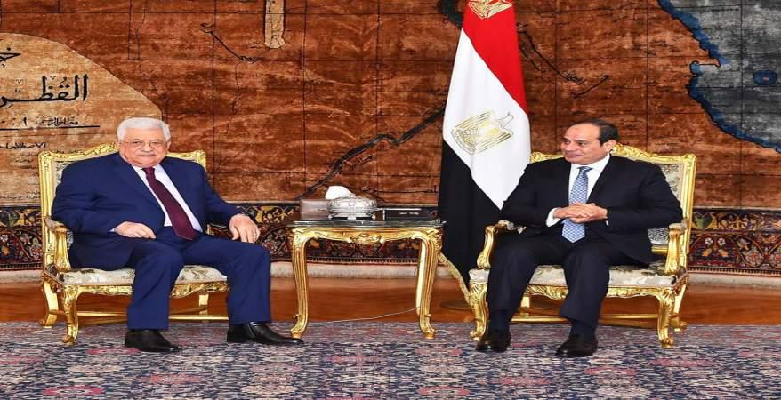 الرئيس عبد الفتاح السيسى مع نظيرة الفلسطينى محمود عباس بقصر الاتحادية