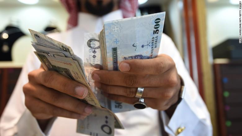 تراجع العجز المالي السعودي إلى 8.9% في 2017