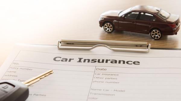السعودية تربط أسعار تأمين السيارات بسلوك السائقين