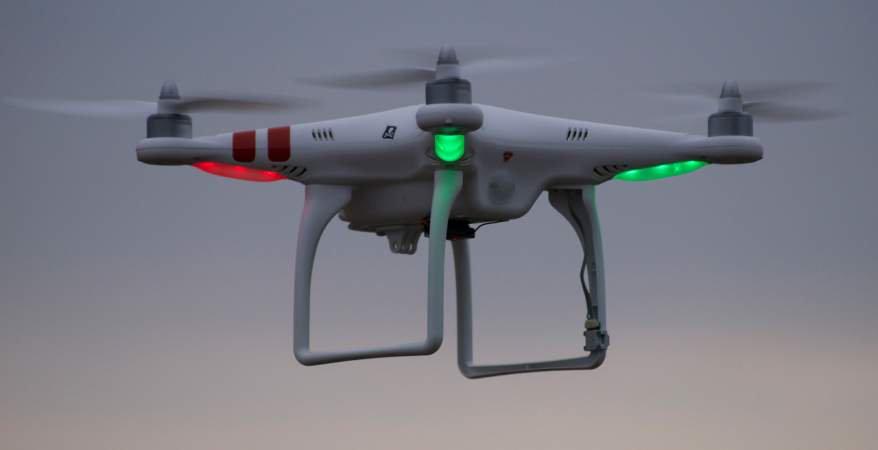 الطائرات المحركة آليًا