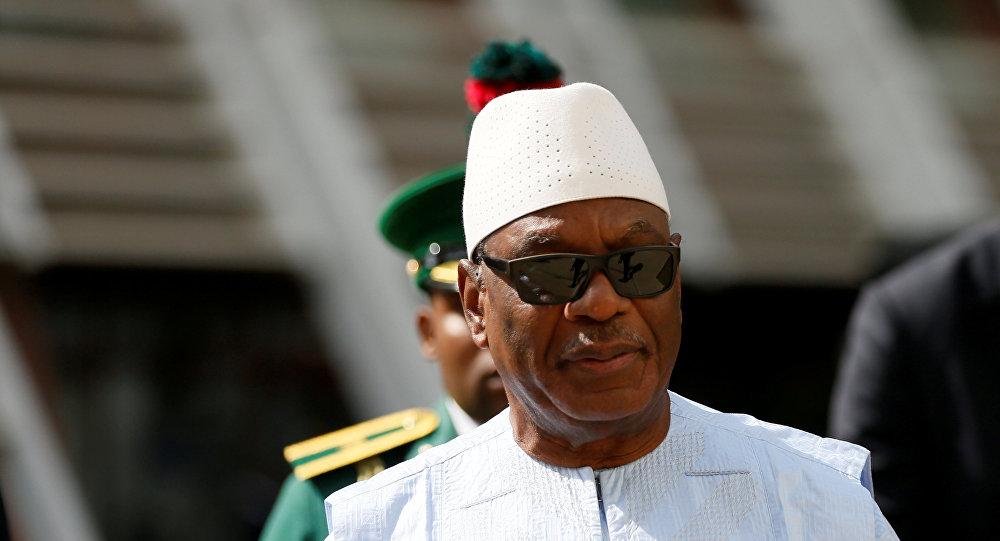 رئيس مالي يقبل استقالة الحكومة