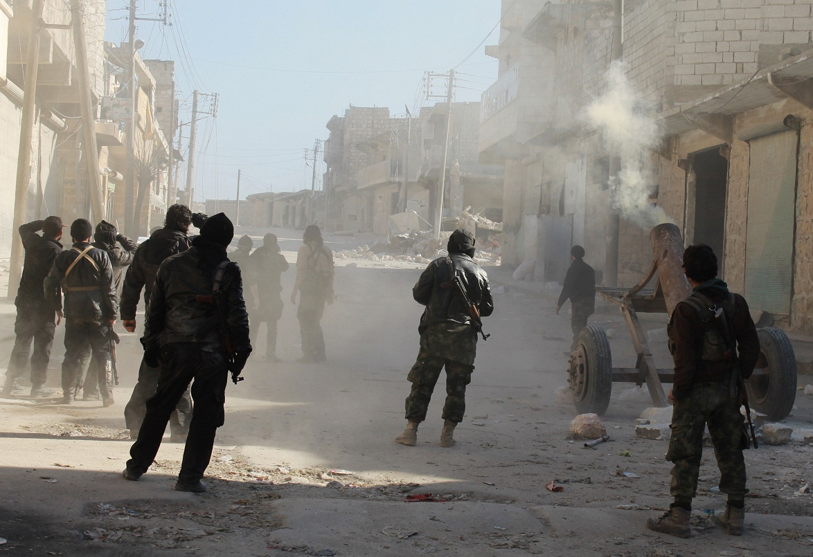 اشتباكات بين قوات النظام والمعارضة بريف إدلب الشرقي