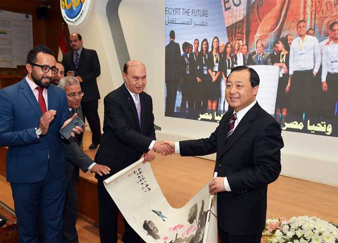 مميش يستقبل وفداً حكومياً من مدينة يانج زو الصينية