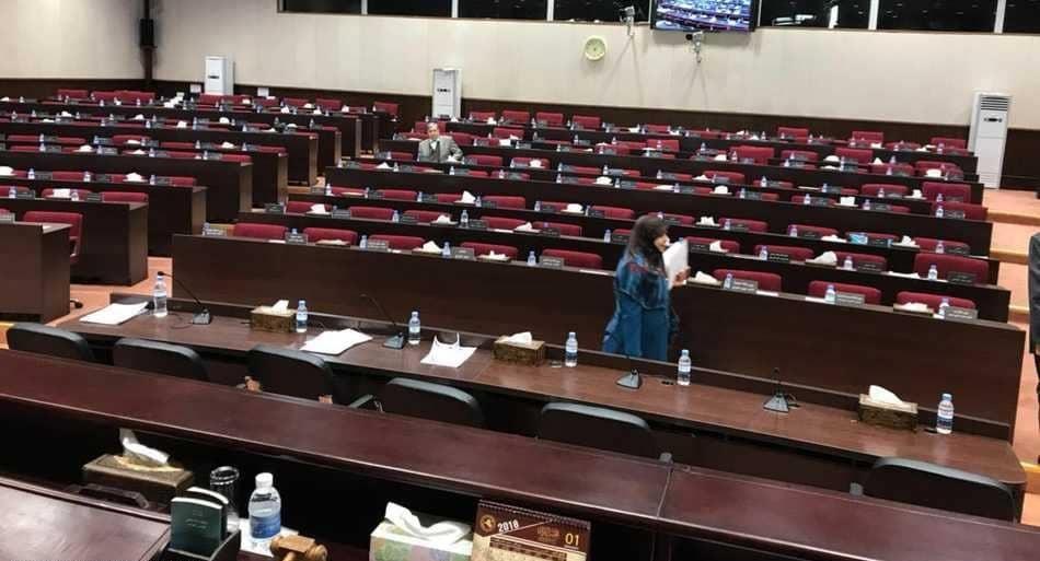 قاعة البرلمان العراقي خالية من النواب