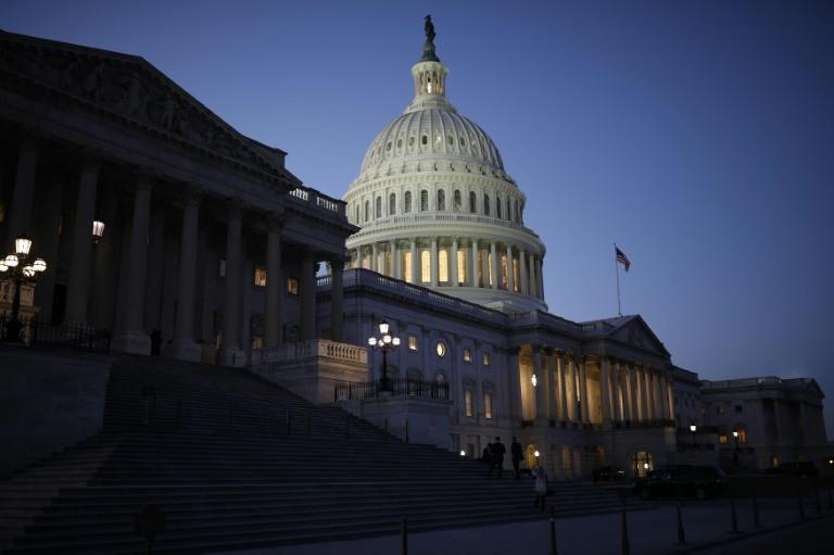 إغلاق الحكومة الأمريكية بعد فشل إقرار الميزانية الجديدة