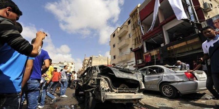 تفجير سيارتين ملغومتين ببنغازي