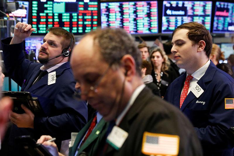 بورصة وول ستريت تسجل مستويات قياسية مرتفعة