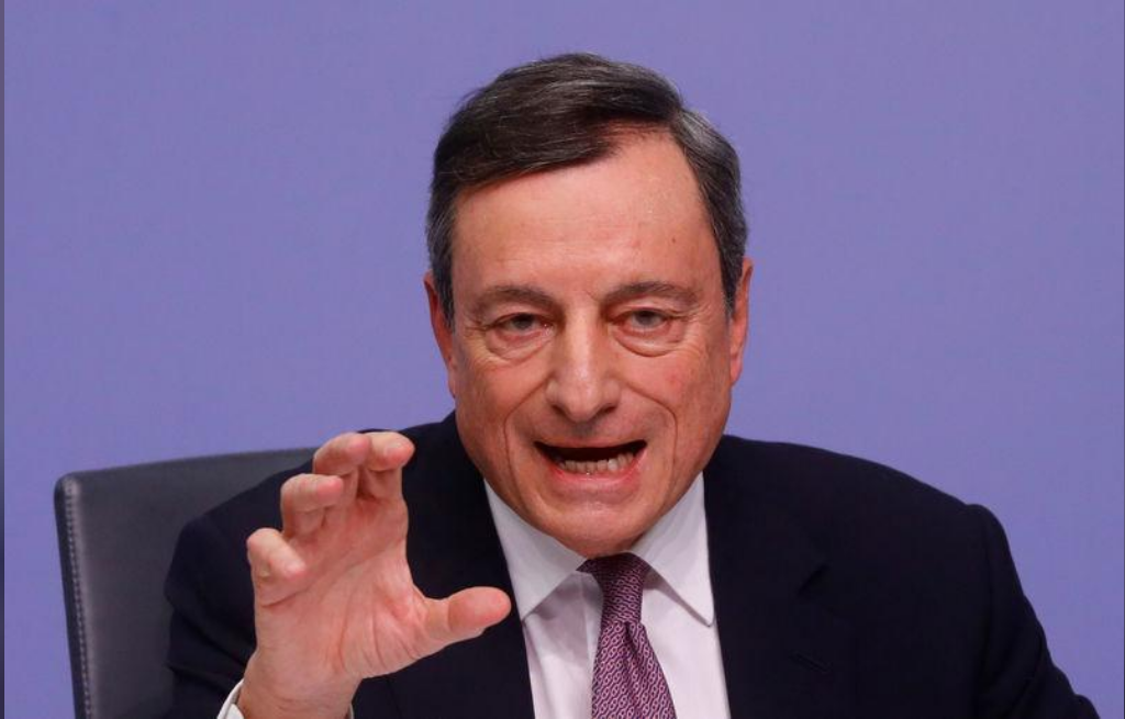 ماريو دراجي رئيس البنك المركزي الأوروبي يتحدث في فرانكفورت