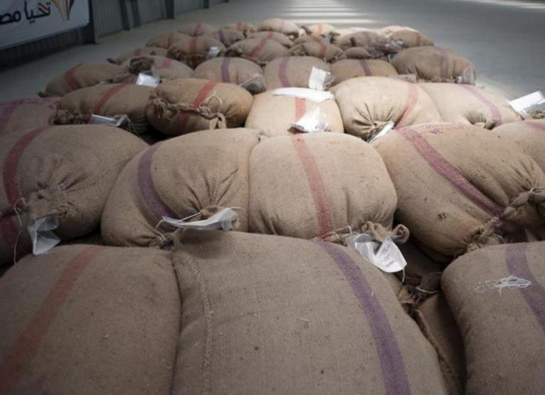 القمح من موردين عالميين