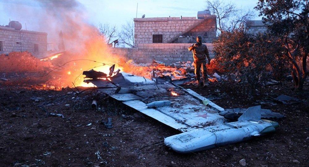 إسقاط طائرة حربية روسية في إدلب ومقتل الطيار